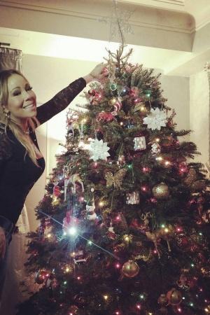 Мэрайя Кэри уже начала подготовку к Рождеству