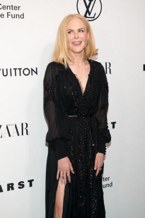 Николь Кидман восхищает роскошными нарядами