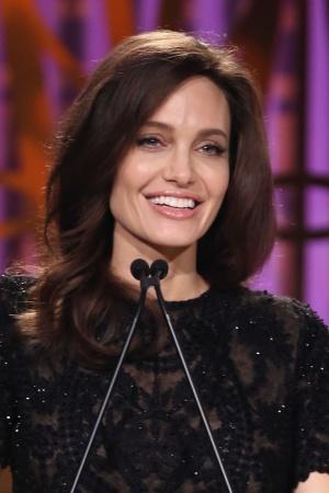 Новый образ Анджелины Джоли