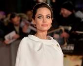 Анджелина Джоли уже год встречается с известным актером