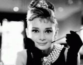 Мировой опрос определил самую модную женщину столетия