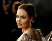 Анджелина Джоли снялась для Vogue