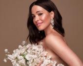 Даша Астафьева поделилась снимками в эффектном платье