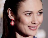 Ольга Куриленко в минибикини вызвала фурор снимком с бассейна