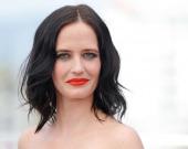 Актрисы, которые чаще остальных раздеваются в фильмах