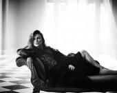 Кира Найтли эффектно позировала для Harper's Bazaar