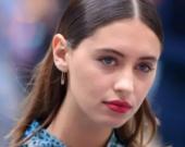 20-летняя дочь Джуда Лоу побрила голову для кинодебюта