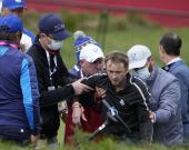 Том Фелтон потерял сознание во время турнира по гольфу