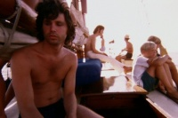 Рэй Манзарек в фильме The Doors. When you are strange