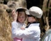 Николь Кидман с дочкой на Гавайях